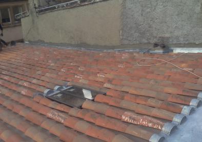 Couverture tuiles creuses Zinguerie Rue Juiverie LYON